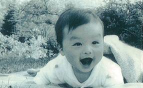 12月3日 宮城県生まれ(母の実家)、東京育ち。